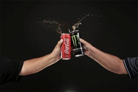 [뉴욕증시 핫앤쿨] 코카콜라 투자의견 상향