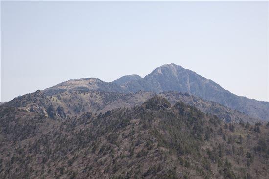 [조문환의 지리산별곡 27] 큰 바위 얼굴 지리산 천왕봉을 향하여!