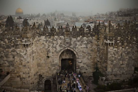"""""""지옥문 열릴라"""" 전세계 우려 …美, 예루살렘 수도 인정 논란"""