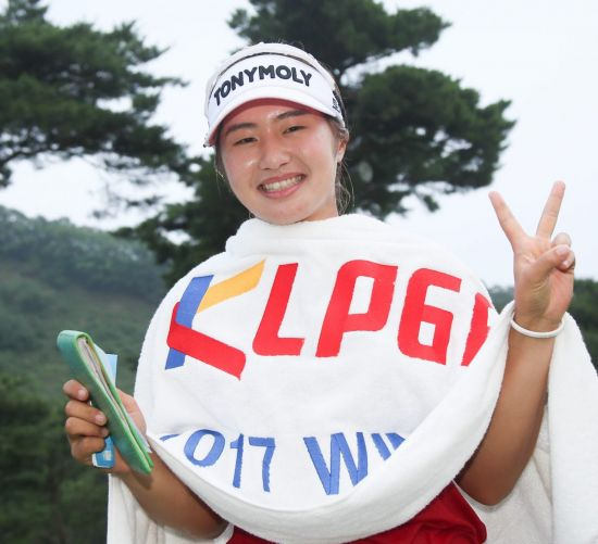 이정은6는 한국 상금랭킹 1위 자격으로 출전하는 LPGA투어 메이저를 노리고 있다.