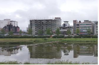 공사중단 방치건축물 정비 3차 선도사업으로 선정된 거창의 숙박시설 전경.