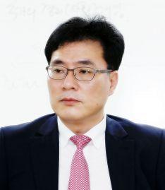 김종하 한남대 정치언론국방학과 교수