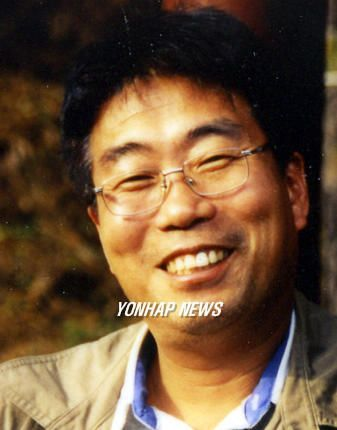 """이승철 시인, """"'미투' 최영미, 피해자 코스프레 남발"""""""