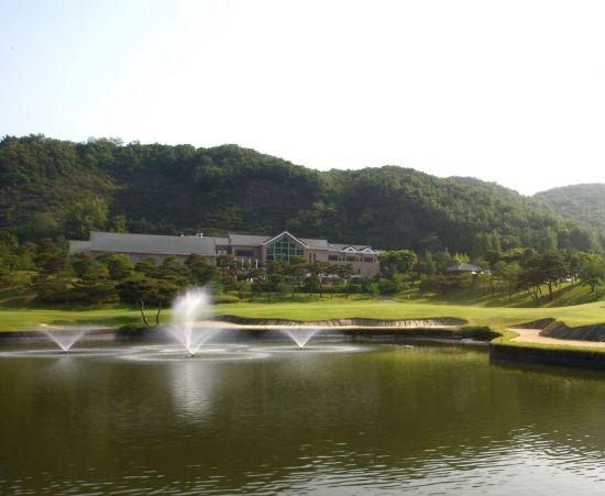 신라CC(사진) 등 68개사 골프장이 설날인 16일 하루만 휴장한다.