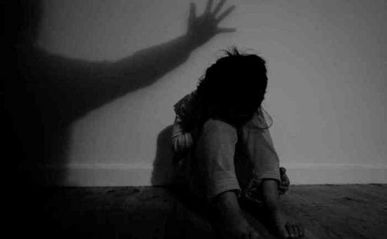재혼가정의 상처받은 아이들…또다른 학대 '방임'