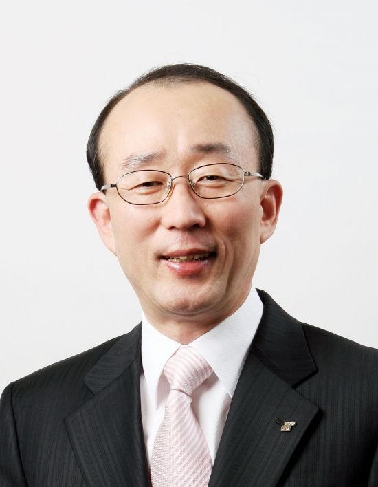 <h1>김지찬 LIG넥스원 대표, 글로벌품질경영인대상 수상</h1>
