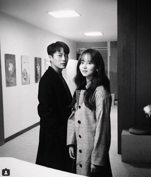 """'라디오 로맨스' 김소현·윤두준, 케미 발산…네티즌 """"두근두근"""""""