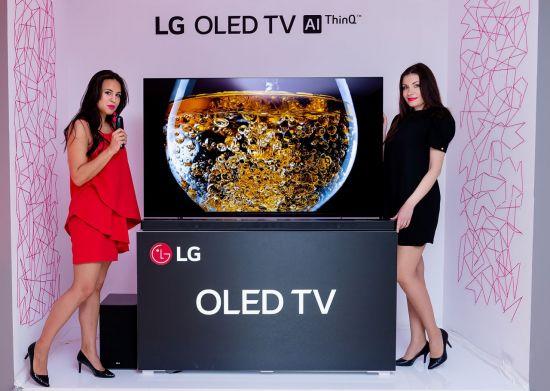 프리미엄 TV가 살린 월드컵 특수...'삼성 75'· 'LG 올레드' 판매 2배 급증