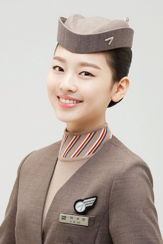 """이수민, 아시아나항공 역대 최연소 모델…""""잘 어울린다"""""""
