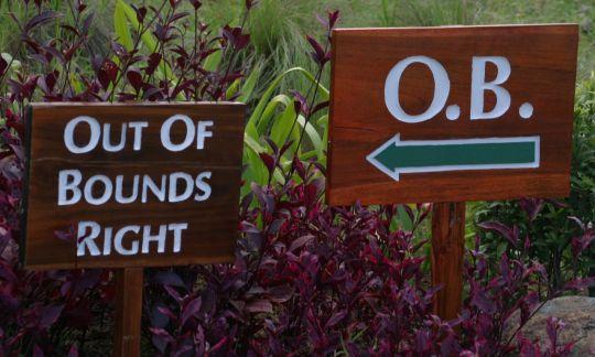 아웃 오브 바운즈(Out of BoundsㆍOB)에는 반드시 's'를 붙여야 한다.