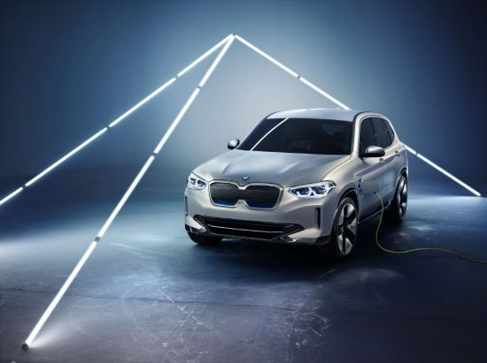 [2018베이징모터쇼]BMW, iX3 콘셉트 공개