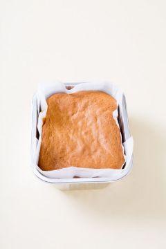 5. 190℃로 예열한 오븐에서 5분 정도 구워 오븐의 온도를 170℃로 낮추고 25분 정도 더 굽는다.
