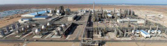 투르크메니스탄 에탄크래커 및 폴리에틸렌(PE)·폴리프로필렌(PP) 생산설비 현장 /