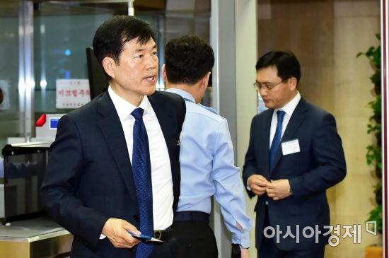 [포토] 감리위원회 참석하는 김태한 삼성바이오로직스 사장