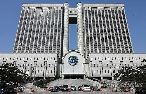 """""""징계 과하다""""…'만취해 경찰 폭행' 변호사, 행정소송 패소"""