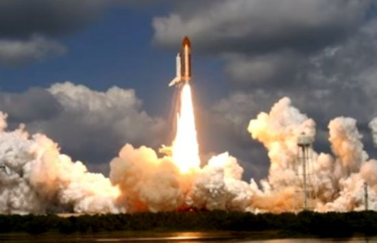 우주왕복선 디스커버리호 발사 장면.[사진=유튜브 화면캡처]