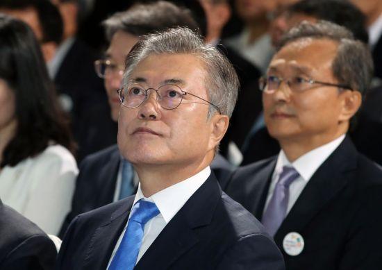 '개혁' 동력 잃으며 추락한 역대 진보정권…文정부는