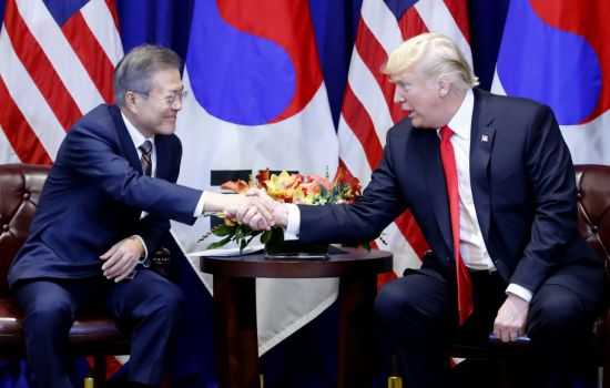 """트럼프 """"2차북미회담, 멀지 않은 미래 개최…곧 장소 발표""""(종합2보)"""