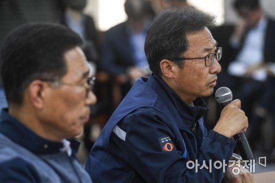 [포토] 모두발언하는 김명환 민주노총 위원장