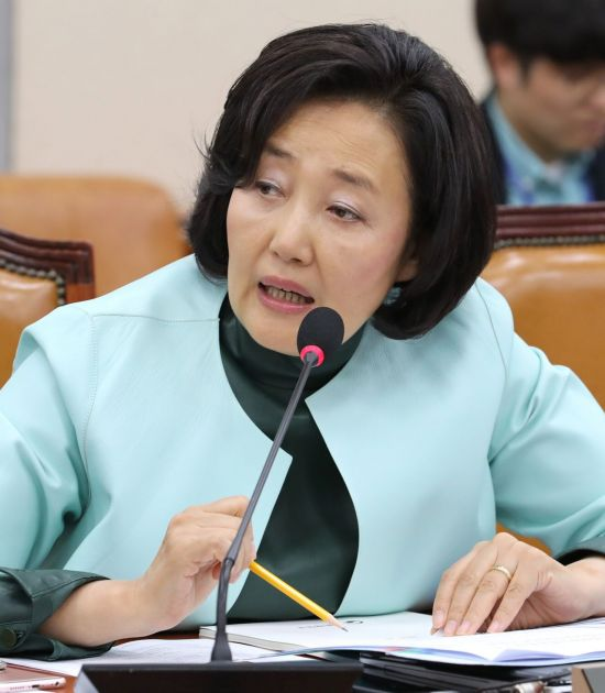 """박영선 """"대출이자도 못 내는 '좀비기업' 5년간 47% 증가"""""""