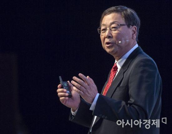 아시아여성리더스포럼에서 강연하는 김진형 교수