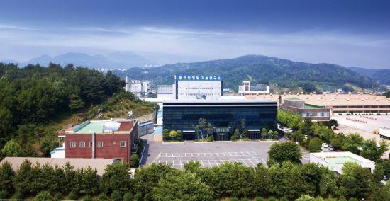 <h1>방산 중소기업의 힘… 국산화 부품 선두주자</h1>