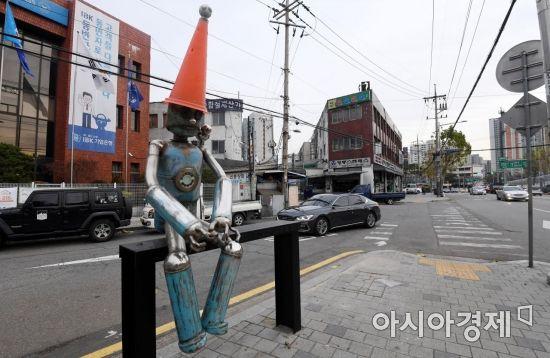 [한국의 골목길]철공소 옆에 핀 예술촌, '문래동'