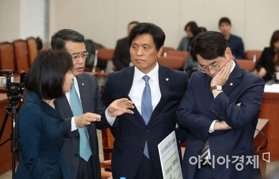 민주당·한국당, '유치원 3법'도 바른미래당 제외하고 '짬짜미' 통과?