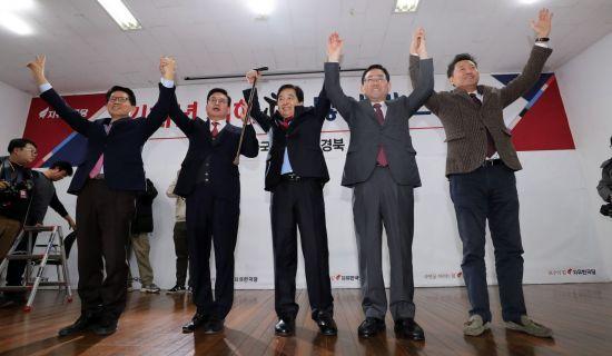한국당 당권주자 줄줄이 출마선언…黃·吳는 '영남'으로