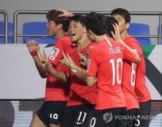 필리핀에 졸전승 한국…평점서 드러난 '답답한 경기력'