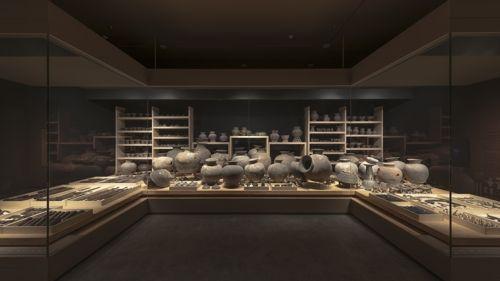 국립경주박물관, 저반사 유리·LED 조명 도입
