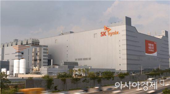 [단독]SK하이닉스, 2018 성과급 연봉 85%…'과장 연봉 1억 돌파'