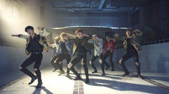 방탄소년단 '불타오르네' MV 유튜브 5억 뷰 돌파