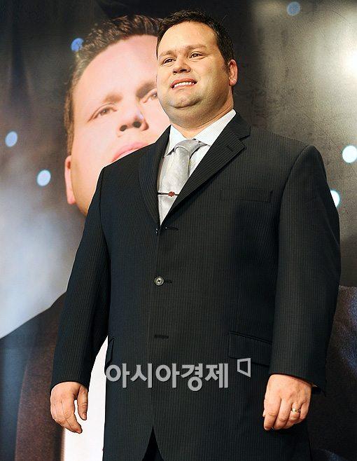 '스타탄생 원조' 폴 포츠, 희망나눔 콘서트서 따뜻한 감동 선사