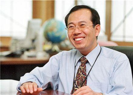 황철주 벤처기업협회장, 2013년까지 연임