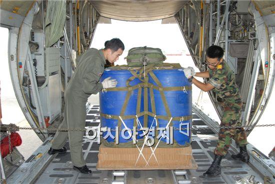 록히드마틴의 C-130수송기의 최대투하량은 1.4톤이다. 2948kg의 차량 4대는 투하가 거뜬하다. 259대대에서 운용중인 CN-235수송기의 경우 5896kg까지 투하할 수 있다.