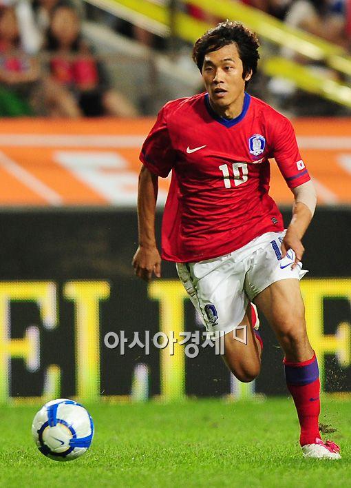 [AG]윤빛가람·박주영 연속골..한국 2-0 팔레스타인(전반종료)