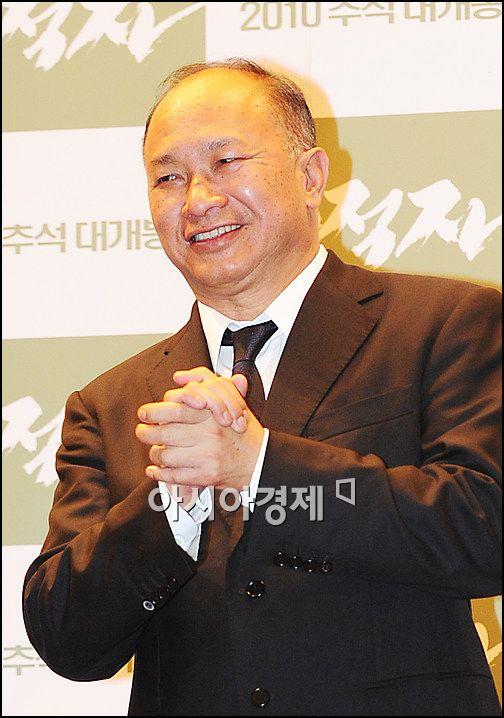 """오우삼 감독 """"'무적자', '영웅본색'과 다른 영화다"""""""