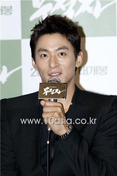 Joo Jin-mo [Lee Jin-hyuk/10Asia]