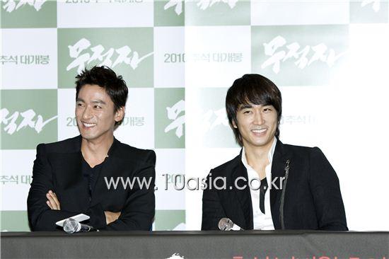 Joo Jin-mo and Song Seung-heon [Lee Jin-hyuk/10Asia]