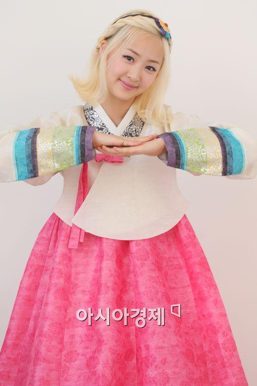 """[추석인터뷰⑤]씨스타 다솜, """"노래 연습 많이해 무대에서 당당하고 싶다"""""""