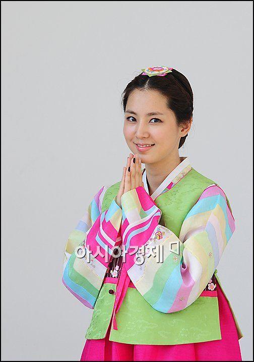 """[추석인터뷰]'이웃집 웬수' 커플 최원영-한채아 """"행복한 한가위 보내세요"""""""