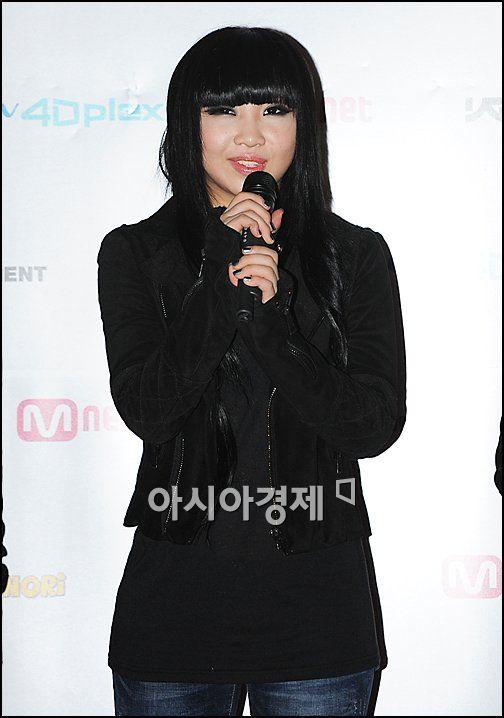 [포토]2NE1 공민지 'V 포즈'