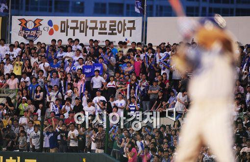 """김성근 감독, """"국내 야구 환경, 여전히 후진국"""" 쓴소리"""