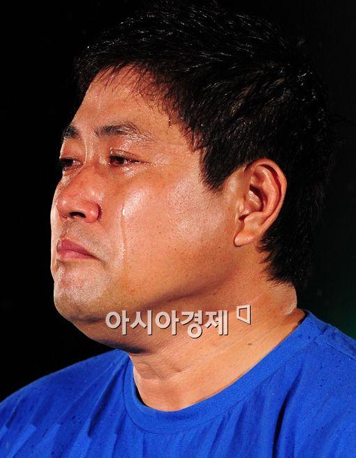 [포토]눈물의 은퇴식하는 양준혁