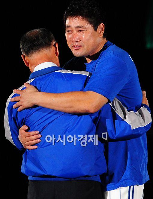 [포토]양준혁, '눈물의 은퇴식'