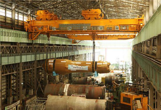 두산중공업이 최근 출하한 미국 세쿼야 원전 2호기에 들어갈 교체용 증기발생기