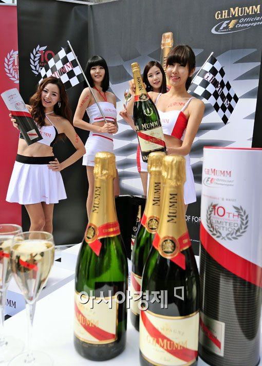 [포토] 'F1 우승의 순간을 함께해요~'