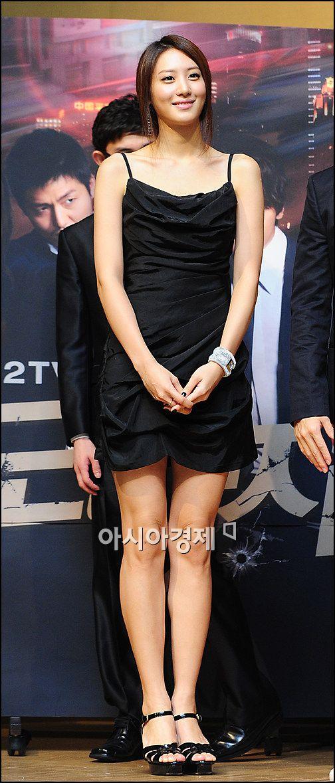 [포토]김수현, 이기적인 각선미