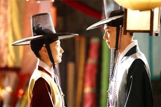 "A scene from KBS TV series ""Sungkyunkwan Scandal"" [KBS]"